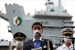 Bộ trưởng Quốc phòng Nhật Bản thăm tàu sân bay Anh