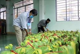 Yêu cầu Bộ Tài chính chủ trì triển khai, hướng dẫn các địa phương hỗ trợ gạo cho học sinh