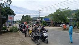 Chủ động ứng phó bão, đảm bảo an toàn giao thông cho người dân từ vùng dịch về quê