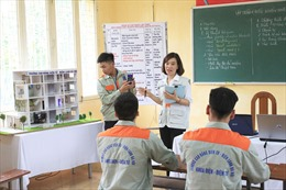 Đề xuất tiếng Anh là môn học bắt buộc trong đào tạo cao đẳng
