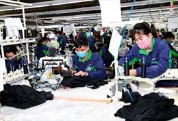Có quy định mức thưởng bắt buộc Tết Dương lịch, Tết Âm lịch cho người lao động?