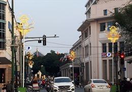 Trang trí chiếu sáng phố phường Hà Nội đón Tết Nguyên đán Kỷ Hợi