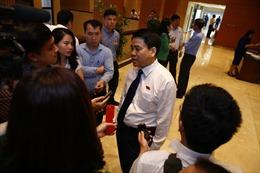 Chủ tịch Hà Nội: Chưa có quyết định về cấm xe máy