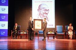 Phát hành bộ tem kỷ niệm 150 năm sinh Mahatma Gandhi