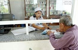 Đầu tư y tế cơ sở, hỗ trợ người dân tham gia BHYT