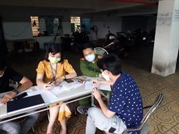 Ba trường hợp bị xử phạt vì không đeo khẩu trang trong sáng 28/3