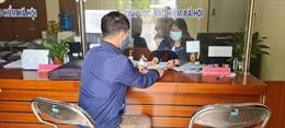 Gộp chi trả hai tháng lương hưu, trợ cấp tại 13 tỉnh, thành do dịch COVID-19