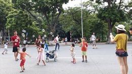 Đề xuất hoạt động phố đi bộ và phố cổ Hà Nội sớm hơn 1 ngày dịp Tết Dương lịch