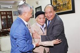 GS Hoàng Tụy qua đời ở tuổi 92