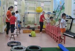 'Trắng' hành lang pháp lý về việc chăm sóc, bảo vệ trẻ tự kỷ