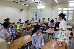 Học sinh không phải đeo khẩu trang và phòng học có thể bật điều hoà