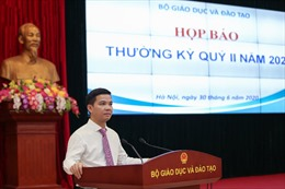 Bộ Giáo dục và Đào tạo giải đáp vấn đề 'nóng' trước thềm năm học mới