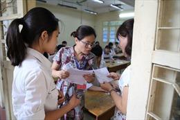 Đề Ngữ văn lớp 10 Hà Nội: Thí sinh 'dễ thở'