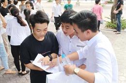 'Tăng nhiệt' cuộc đua vào lớp 10 Hà Nội