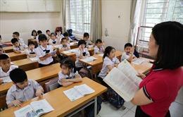 Sách Tiếng Việt lớp 1 nhiều sạn, cần phân biệt chương trình và sách giáo khoa