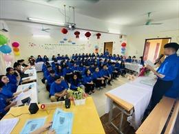 Giáo dục đạo đức thanh niên vừa 'hồng' vừa 'chuyên' thời đại mới