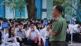 Chương trình giáo dục phổ thông mới tăng cường dạy đạo đức, nhân cách cho học sinh