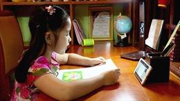 Bộ Giáo dục và Đào tạo trả lời về dạy học trực tuyến với học sinh lớp 1, lớp 2