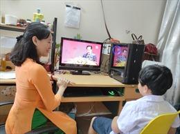 Khoảng 1,5 triệu học sinh cần hỗ trợ máy tính để học trực tuyến