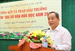 Hoàng Thị Anh Thư của Đại học Huế được trao danh hiệu 'Đại sứ Văn hóa đọc tiêu biểu'