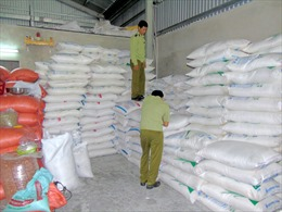 Quảng Nam tạm giữ 10 tấn đường trắng không có nguồn gốc xuất xứ