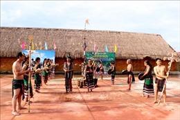 Nhà trưng bày đàn đá - điểm đến mới thu hút du khách tại Đắk Nông