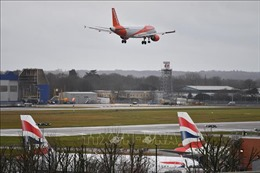 Anh: Nối lại các chuyến bay tại sân bay Gatwick sau trục trặc kỹ thuật