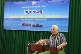 Tập huấn và cung cấp thông tin, tuyên truyền về biển, đảo