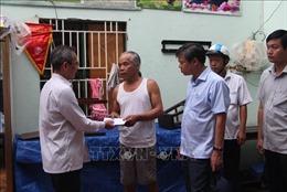 Hậu Giang hỗ trợ người dân bị ảnh hưởng bởi dông lốc