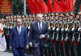 Thủ tướng Nguyễn Xuân Phúc và Thủ tướng Australia Scott Morrison thăm Bệnh viện dã chiến cấp 2 số 2