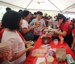 Việt Nam tích cực tham gia hội chợ từ thiện tại Malaysia