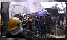 Bảy người thiệt mạng trong vụ máy bay bị rơi xuống khu nghỉ dưỡng và phát nổ
