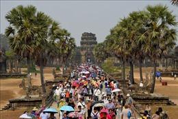 Khách quốc tế đến kỳ quan Angkor của Campuchia ngày một thưa thớt