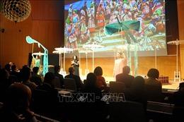 Triển lãm tơ lụa và thổ cẩm Việt Nam trong khuôn khổ kỳ họp thứ 59 Đại hội đồng WIPO