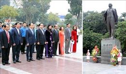 Lãnh đạo thành phố Hà Nội dâng hoa nhân kỷ niệm 102 năm Cách mạng tháng Mười Nga