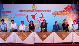 Lãnh đạo Đảng, Nhà nước chung vui 'Tết Sum vầy 2019' với công nhân TP Hồ Chí Minh