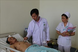 Cứu sống một bệnh nhân bị đâm thủng tim, ngưng thở