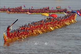 Campuchia lập kỷ lục Guinness chiếc Ghe Ngo dài nhất thế giới