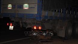 Tử vong tại chỗ do lao xe máy vào gầm xe tải đỗ ven đường