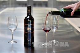 Uống 1-2 hớp rượu mỗi ngày giúp chống nguy cơ đột quỵ là không đúng sự thật