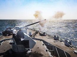 Anh, Pháp triển khai tàu chiến khi căng thẳng leo thang vì tranh chấp đánh cá hậu Brexit