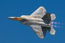 Mỹ dùng 'Ác điểu' F-22 qua mặt 'Rồng lửa' S-300 của Nga tại Syria