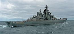 Xem tuần dương hạm hạt nhân Peter Đại đế của Nga diễn tập phóng ngư lôi diệt tàu ngầm