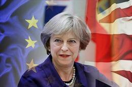 Thủ tướng Anh phản đối tổng tuyển cử, cảnh báo Brexit sụp đổ nếu bà mất chức