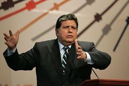 Cựu Tổng thống Peru nổ súng tự sát