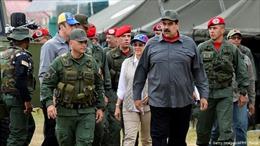 Venezuela tập trận qui mô lớn gần biên giới Colombia
