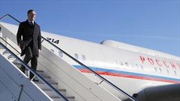 Thủ tướng Nga tới Havana, bắt đầu thăm chính thức Cuba