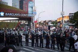 Thành phố New York (Mỹ) dỡ bỏ lệnh giới nghiêm