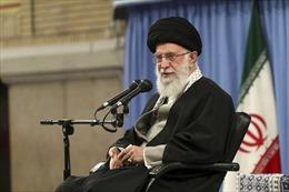 Đại giáo chủ Iran tuyên bố không từ bỏ chương trình tên lửa đạn đạo và hạt nhân