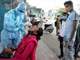 COVID-19 tới 6 giờ sáng 13/10: Thế giới vượt 38 triệu ca bệnh; Châu Âu bùng đợt dịch mới